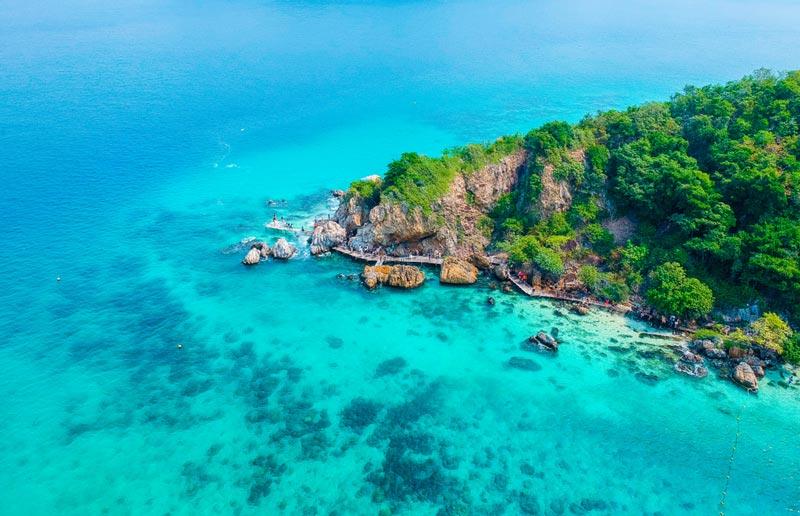ที่ท่องเที่ยวชายหาดสัตหีบ บอกเลยว่าสวยงามและมีความน่าเที่ยวมาก ๆ สายคนชอบเที่ยวทะเลไม่ควรพลาด