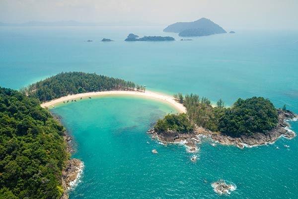 หมู่เกาะกำ จังหวัดระนอง หนาวจนทนไม่ไหวลองหนีมารับไออุ่นกับหาดทรายสีขาวโพลน