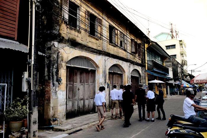 ชุมชนเก่าริมน้ำจันทบูร หนึ่งในสถานที่ท่องเที่ยวที่นักท่องเที่ยวต้องมาเยือน