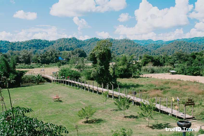 ซูตองเป้ สถานที่ท่องเที่ยวที่แม่ฮ่องสอน กับการพาไปเดินสะพานไม้ไผ่