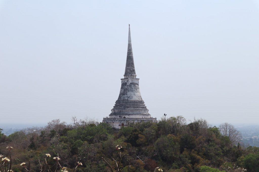 พระนครคีรี เป็นที่เที่ยวที่มีความเป็นมาของประเทศไทยเป็นอย่างมาก