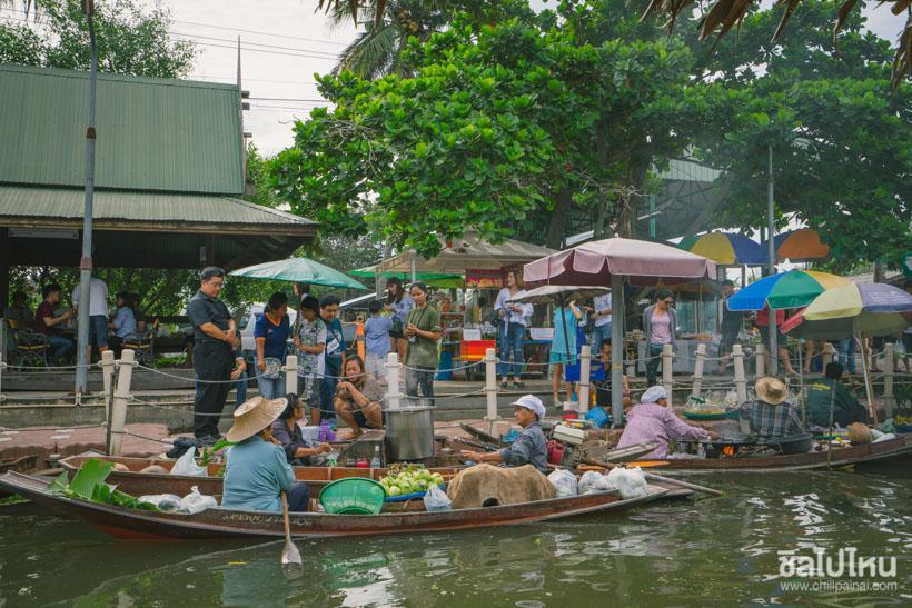 ตลาดน้ำ ย่านกรุงเทพมหานคร มีอยู่หลากหลายสถานที่ให้ได้ท่องเที่ยว